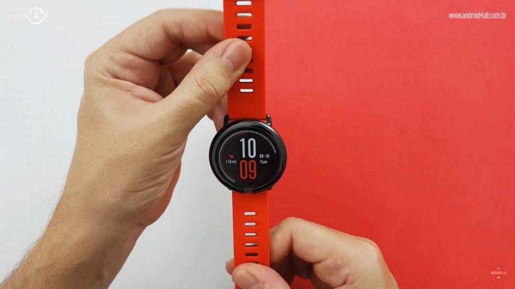 O Amazfit Pace é um smartwatch barato e funcional